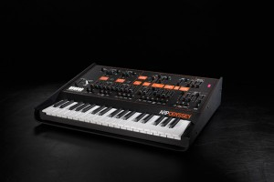9807_1-5_arp-odyssey-rev3_image_front